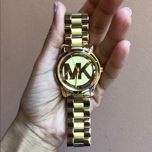 Michael kora watch only worn twice